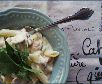 Chicken and fresh basil pasta with parmesan sauce