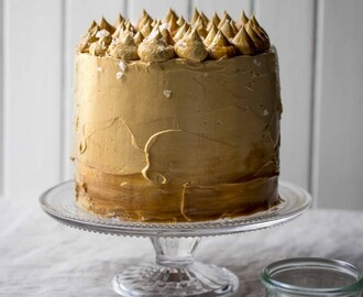 thekatetin wrote a new post, Salted caramel coma cake, on the site The Kate Tin