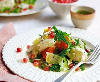 Mozzarella & winter fruit salad