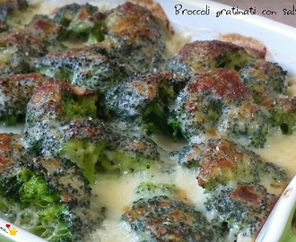 Broccoli gratinati con salsa mornay