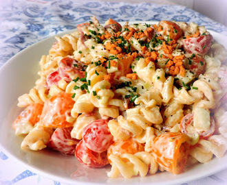 Tomato & Bacon Pasta Twist Salad