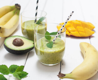 Green Power – Der Avocado Bananen Smoothie - Es ist mal wieder Smoothie Sunday:
