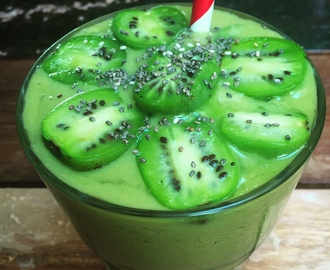 Grüner Kiwiberry Matcha Smoothie
