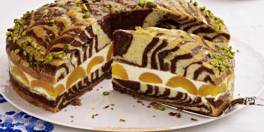 MARBLE CAKE WITH LEMON CREAM AND APRICOTS