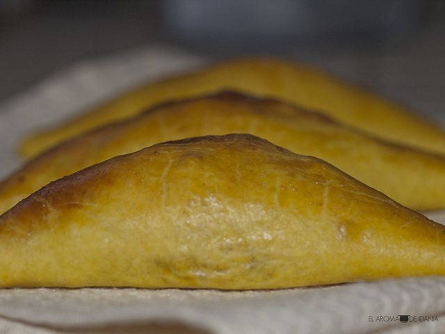 JAMAICAN PATTIES - PASTELES JAMAICANOS