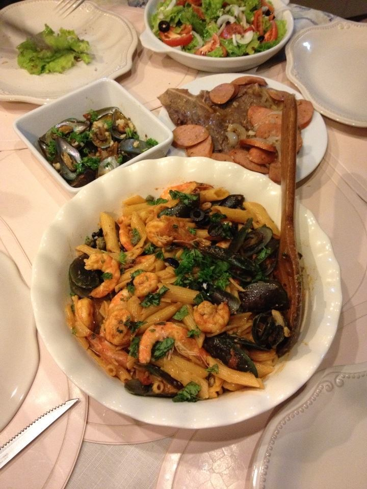 Sunday Lunch: Aligue Pasta with Assorted Seafood