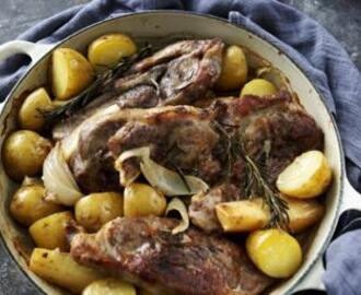 Winter lamb hotpot