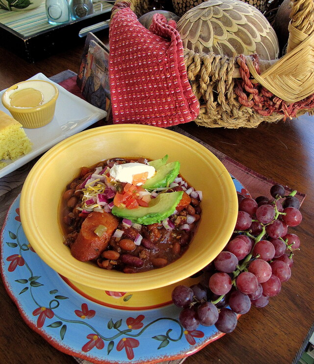 It was the possibility of darkness that made the day seem so bright. ― Stephen King, Wolves of the Calla and Slow Cooked Chili Beans and Rice with Sausage