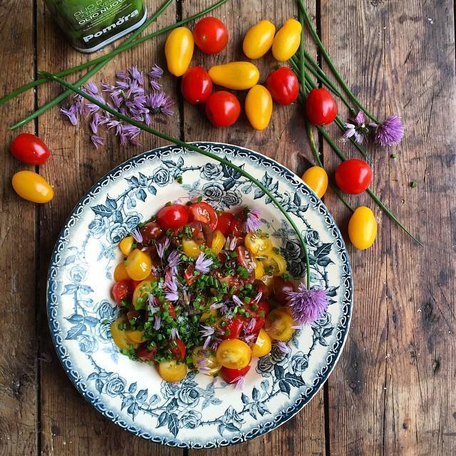A Sultry Summer Salad: Heirloom Tomato & Chive Flower Salad
