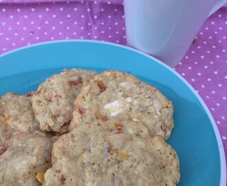 White Chocolate and Apricot Oat Cookies