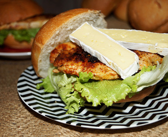 Chicken tikka burger with camembert cheese
