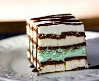 Mint ice cream sandwich CAKE
