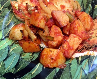 Fennel and potatoes in tomato sauce