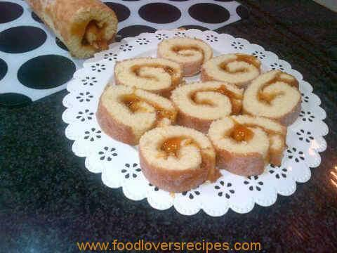 SWISS JAM ROLL