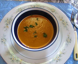 Oven Roasted Tomato and Bell Pepper in Asparagus Cream Soup