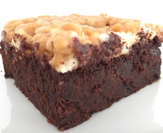 Brownie mit Karamellcrunch
