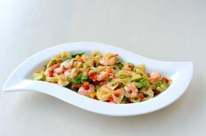 CHILLI PRAWN PASTA SALAD