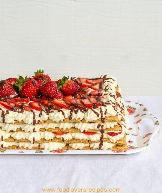 NO BAKE STRAWBERRY ICE BOXCAKE