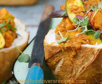 VEGETABLE CURRY BUNNY CHOW