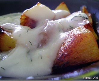 Kopar sos sa pečenim mladim krompirom/Dill sauce with roasted potatoes