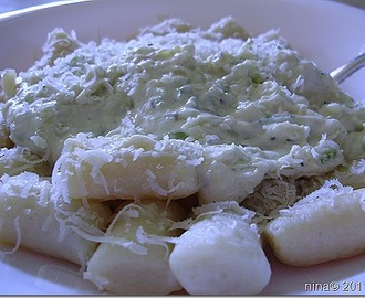 Njoki u umaku od tikvica i sira/Gnocchi in a sauce of zucchini and cheese