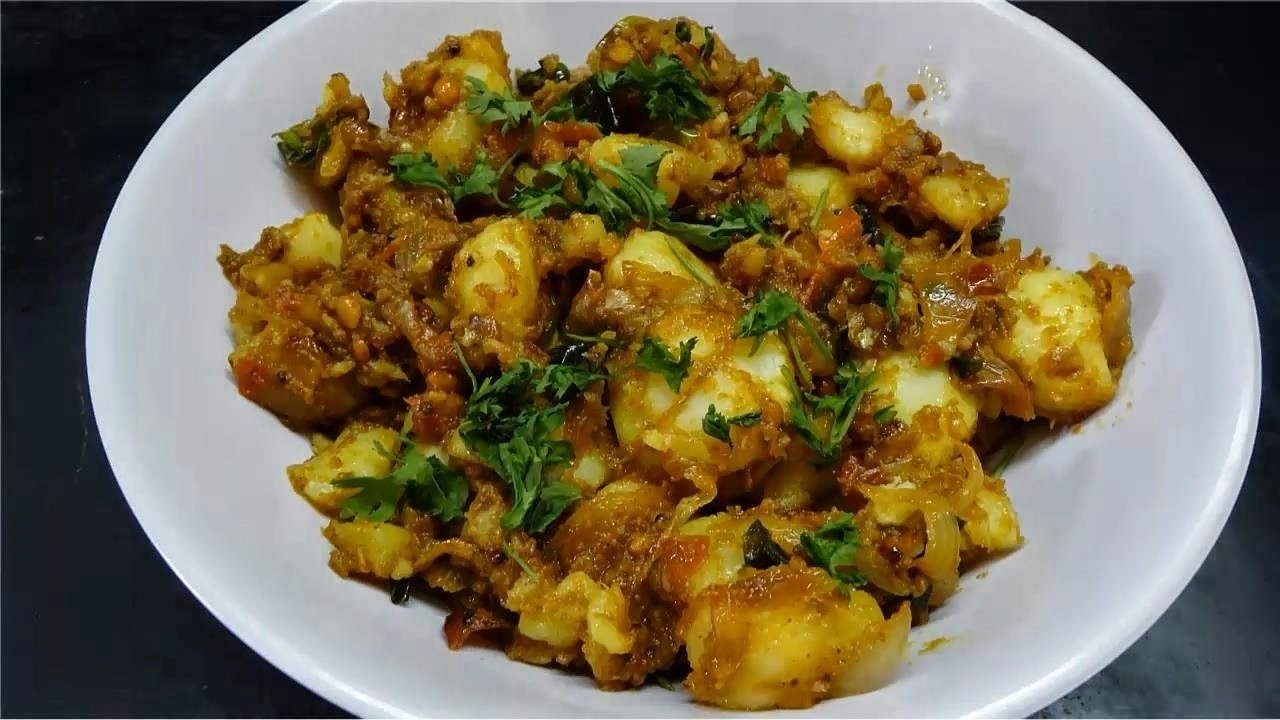Spicy Potato Masala Recipe / Bangaladumpa Masala Koora