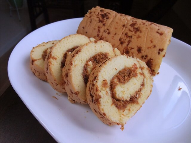 meat floss swiss roll