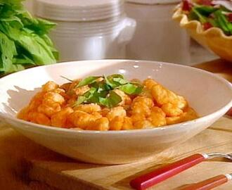 Roasted Red Pepper Sauce (with Gnocchi)