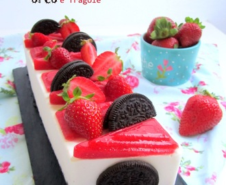 Cheesecake oreo e fragole