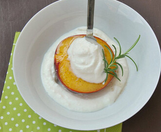 Grilled Peaches with Ricotta and Honey