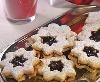 A special edition of Linzer cookies
