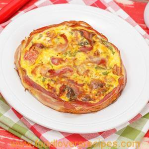 BACON AND CHEESE CRUSTLESS QUICHE