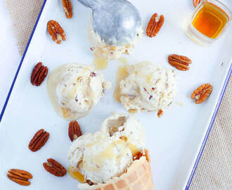 Bourbon Salted Caramel Pecan Ice Cream {Vegan}
