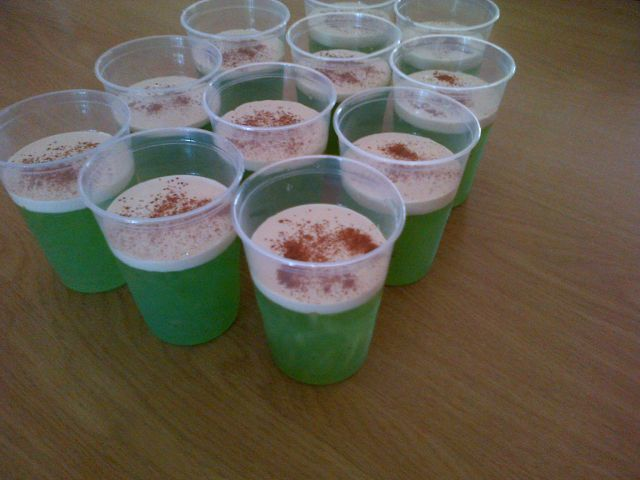 APPLE, SAGO and CREAM DESSERT