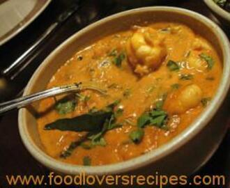 FATIMA'S CRAYFISH CURRY