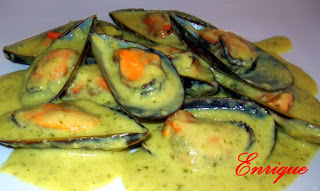 MEJILLONES AL CURRY