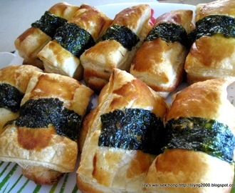 Puff Pastry Topping Pork Floss Roll