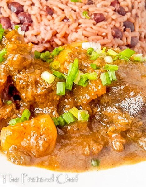 Amazing, meaty, juicy and spicy jamaican goat curry
