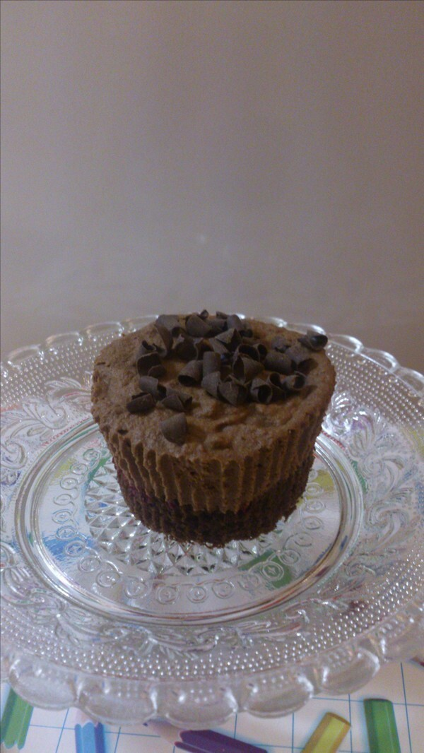 "Chokladmousse""muffins"" med hallon"