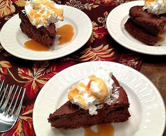 GF Salted Caramel Chocolate Cheesecake