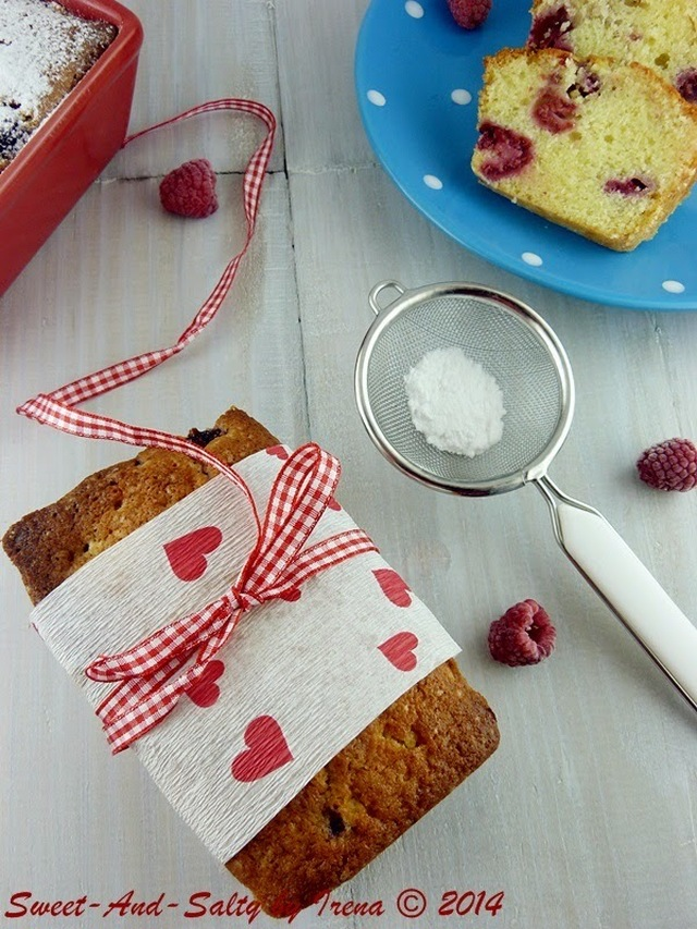 Kolač sa malinama i jogurtom / Raspberries And Yogurt Cake