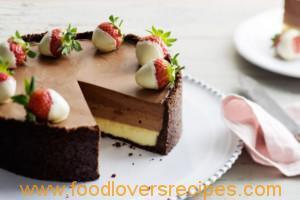 THREE LAYER CHEESE CAKE