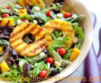 GRILLED TROPICAL SUMMER SALAD