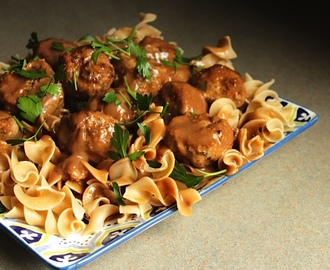 Meatballs and Gravy with Noodles