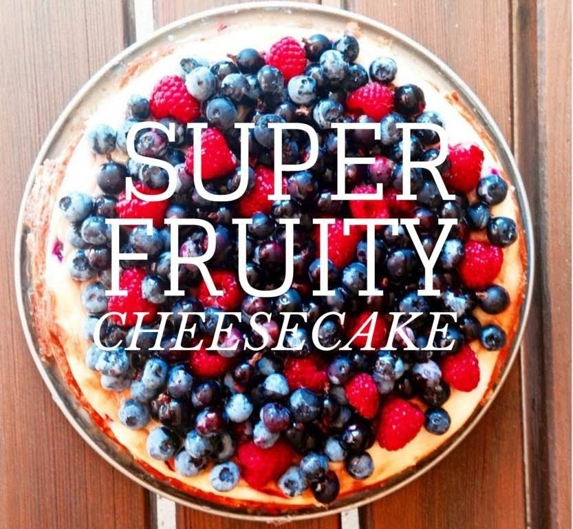 SUPER SUPER FRUITY CHEESECAKE