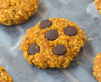 Healthy 3 Ingredient Pumpkin Cookies