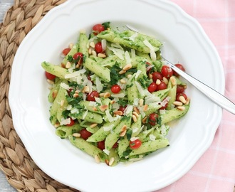 Pasta salade met pittige Avocado pesto