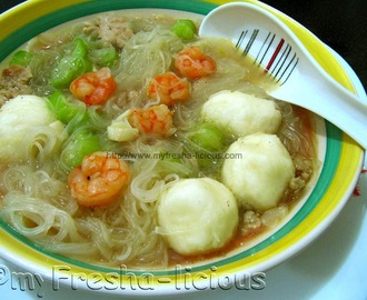 Sotanghon & Patola Soup with Shrimp & Chicken