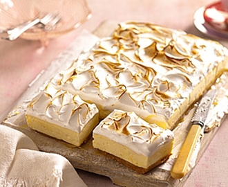 Lemon meringue cheesecake slice   130