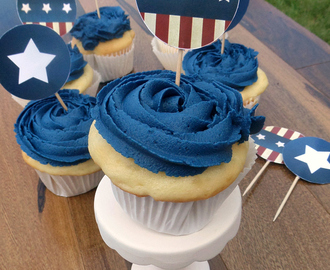 4th of July Printables and Raspberry Filled Cupcake Recipe